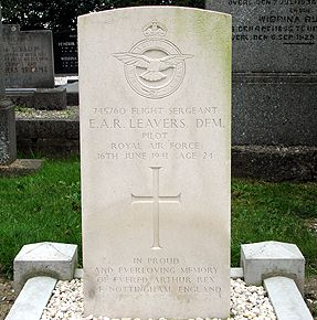 Sgt Leavers' gravestone in Baflo (Den Andel) Protestant Cemetery in the Netherlands.  Photo by Frans van Cappellen.