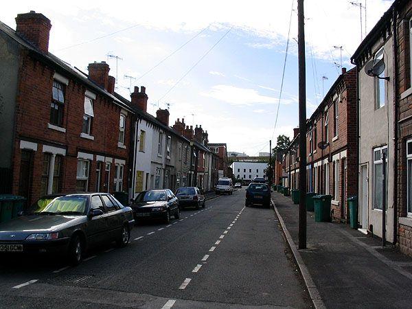 http://www.lentontimes.co.uk/images/gallery/warwick_street/warwick_street_2005_2.jpg